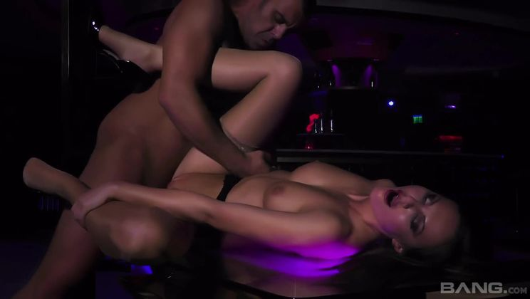 Tina Kay has anal with a fan after stripping on stage