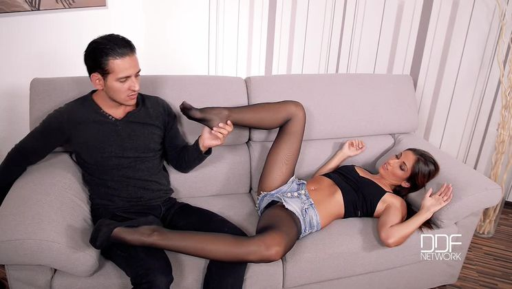 Pantyhose Orgasm - A Sexy Couple's Sultry Leg Fetish Adventure
