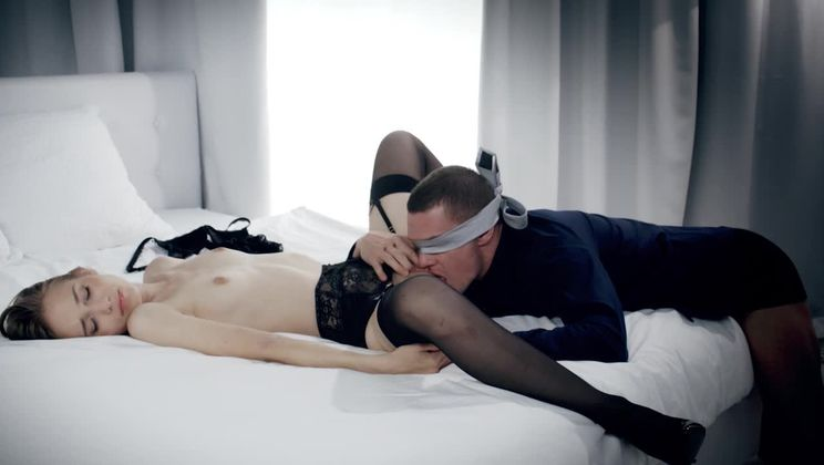 Blonde girlfriend relaxes with sex